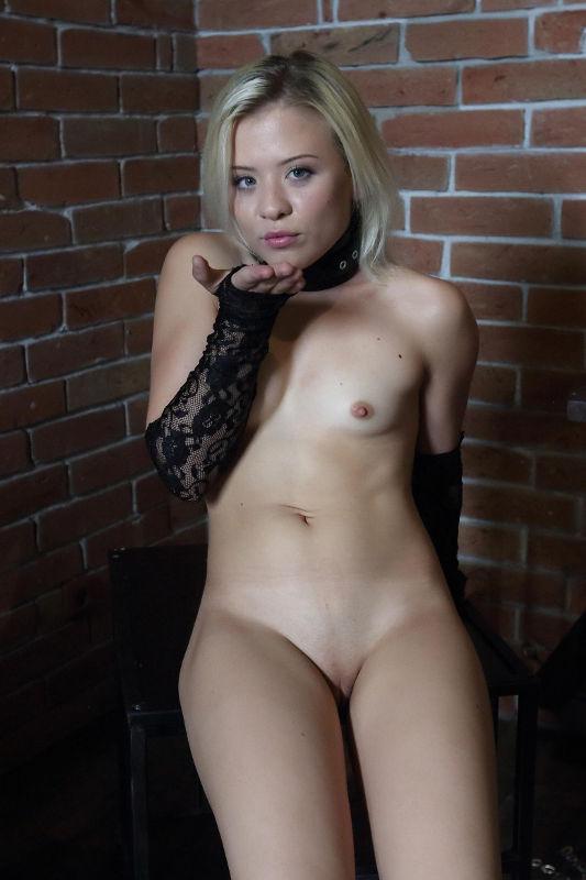Anna Rey - VR Porn Model