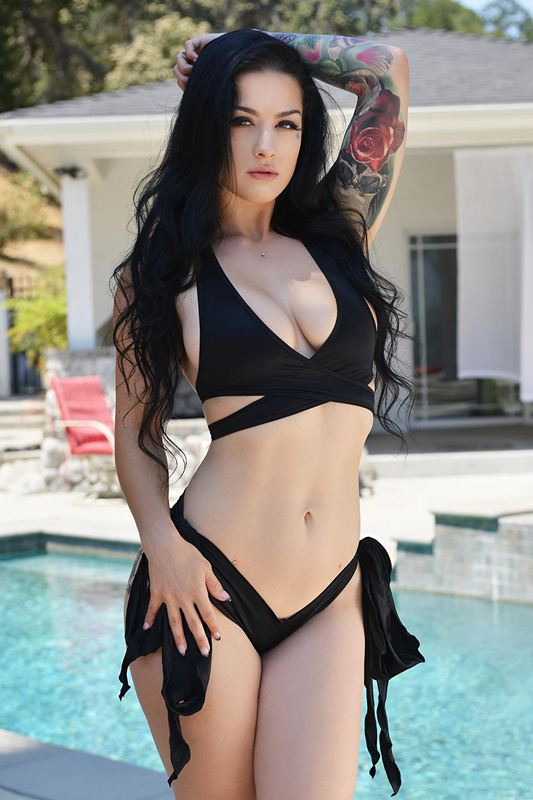 Katrina Jade - VR Porn Model