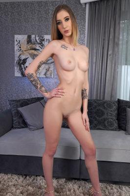 Arietta Young - VR Porn Model