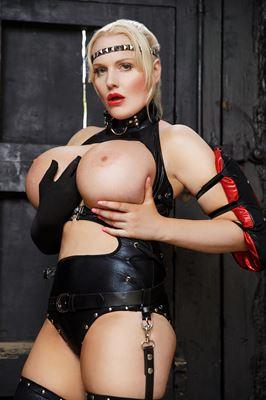 Jordan Pryce - VR Porn Model