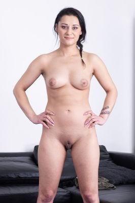 Klaudia Diamond - VR Porn Model