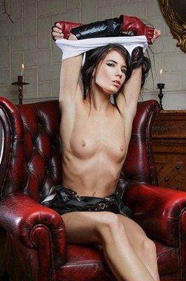 Lovenia Lux - VR Porn Model