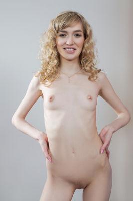 Mackenzie Moss - VR Porn Model