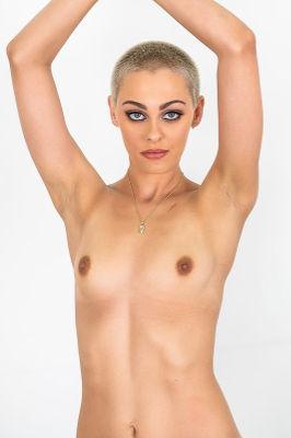 Paris Amour - VR Porn Model