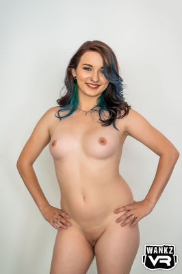 Sierra Moon - VR Porn Model