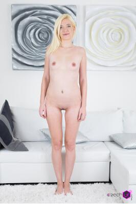 Ssindy Rako - VR Porn Model