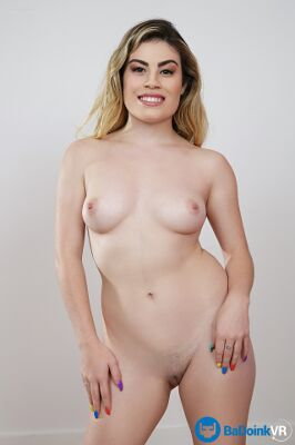 Veronica Valentine - VR Porn Model