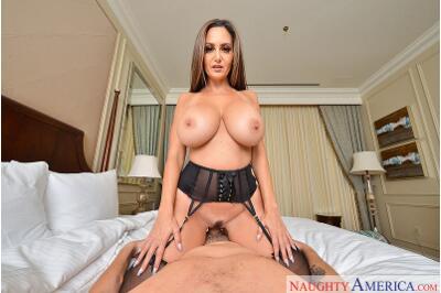 Porn Star Experience 2 - Justin Hunt, Ava Addams - VR Porn - Image 35