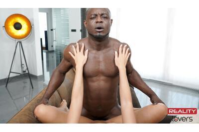 Unforgettable Date - Antonio Black, Victoria Pure - VR Porn - Image 6