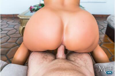 Class ValeDICKtorian - Candice Dare - VR Porn - Image 6