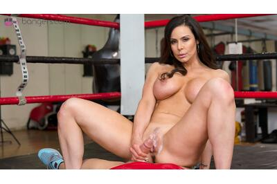 Below The Belt - Kendra Lust - VR Porn - Image 5