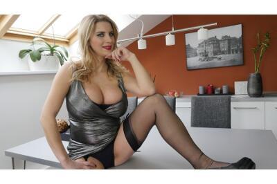 Knocked Up In Nylons - Kathy Kozy - VR Porn - Image 17