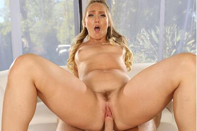Don't Distract Me! I'm Working Out! - AJ Applegate, Seth Gamble - VR Porn - Image 5