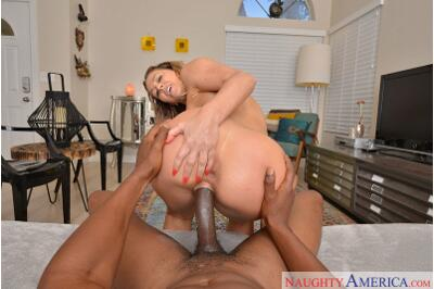 White Pussy Black Cock - Cherie DeVille, Isiah Maxwell - VR Porn - Image 3