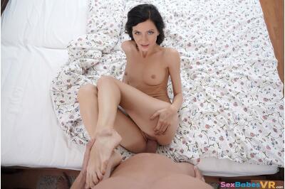 Hotel Maid Gets Fucked - Arian Joy - VR Porn - Image 34