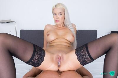 Gigolo for Busty Blonde - Blanche Summer - VR Porn - Image 5