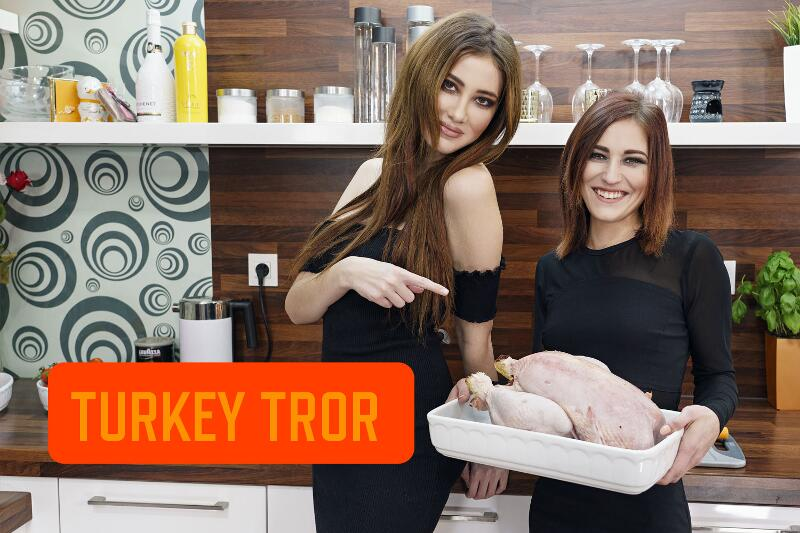 Turkey Trot feat. Gisha Forza, Mina K - VR Porn Video