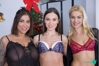 Special Gifts - Cherry Kiss, Alyssa Reece, Heidi Van Horny - VR Porn - Image 58