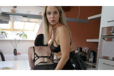 Come Here Bitch - Nikky Dream, Julia - VR Porn - Image 41