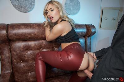 Buffy The Vampire Slayer A XXX Parody - Lindsey Cruz - VR Porn - Image 25