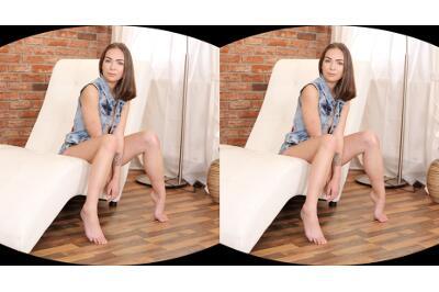 Fashion And Sex Go Together - Ofelia Trimble - VR Porn - Image 7
