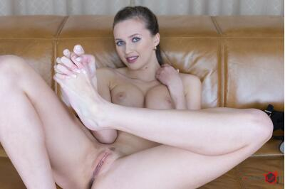 Feet of a Goddess - Stacy Cruz - VR Porn - Image 133