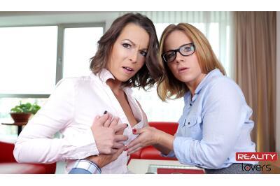 Director's Colleagues - Caroline Ardolino, Sasha Zima - VR Porn - Image 2