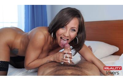 The Unleashed Escort - Betty Fox - VR Porn - Image 6