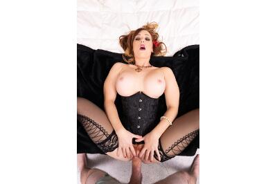 Redhead Star - Dani Jensen - VR Porn - Image 6