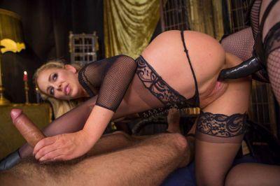 Property of Cherie DeVille Part 2: Lesbian Cuckolding - Bella Rossi, Cherie DeVille - VR Porn - Image 16