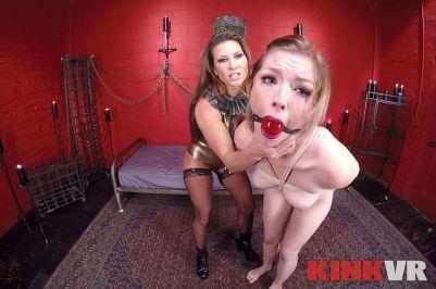 Kinky Lesbian Sex Show - Ella Nova, Ariel X - VR Porn - Image 11