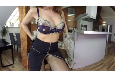 Nylon Mad Anal Beauty - Carol Gold - VR Porn - Image 1