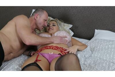 Lick My Panties, Lick My Pussy - George Uhl, Krystal Swift - VR Porn - Image 40