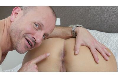Lick My Panties, Lick My Pussy - George Uhl, Krystal Swift - VR Porn - Image 44
