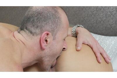 Lick My Panties, Lick My Pussy - George Uhl, Krystal Swift - VR Porn - Image 45