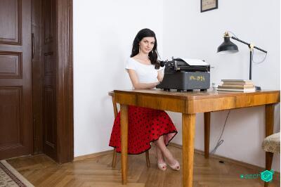 Old Time Secretary - Arian Joy - VR Porn - Image 5