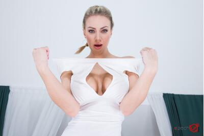 Below Natalie Cherie - Nathaly Cherie - VR Porn - Image 34