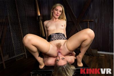 Fist that Feeds - Dee Williams, Mona Wales - VR Porn - Image 12