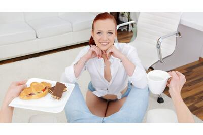 Sweet Treat In Tight Pants - Tiffani Love - VR Porn - Image 1