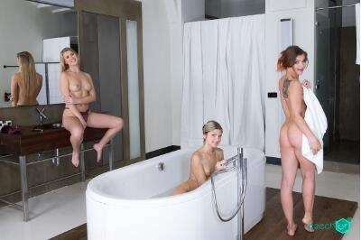 Russian Foursome - Casey Nice, Gina Gerson, Renata Fox - VR Porn - Image 5