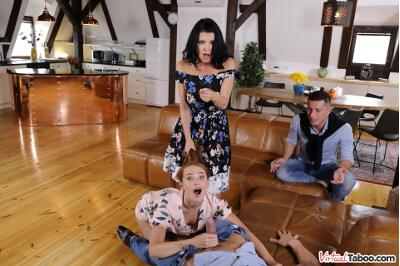 Our Family Rules: First Cum, First Served - Kaisa Nord, Veronica Avluv - VR Porn - Image 34