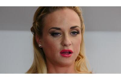 Dirty Secretary - Vinna Reed - VR Porn - Image 2