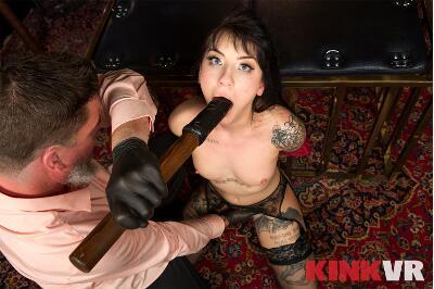 Predatory Play - Charlotte Sartre - VR Porn - Image 6
