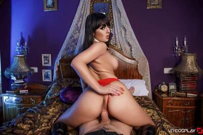 Vampirella A XXX Parody - Alba De Silva - VR Porn - Image 4