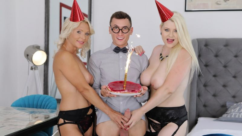 Anal Joy For A Birthday Boy: Two Mom's Story feat. Alexa Bold, Kathy Anderson - VR Porn Video