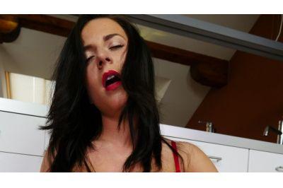 No Man, No Problem - Lola Ver - VR Porn - Image 7