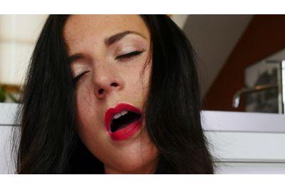 No Man, No Problem - Lola Ver - VR Porn - Image 8