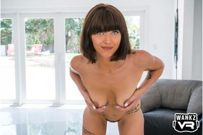Pulp Friction - Leah Winters - VR Porn - Image 2