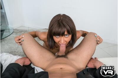 Pulp Friction - Leah Winters - VR Porn - Image 3