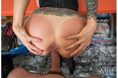 Anything for a Friend - Gia DiMarco - VR Porn - Image 6